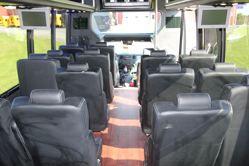 Luxury Bus Charter